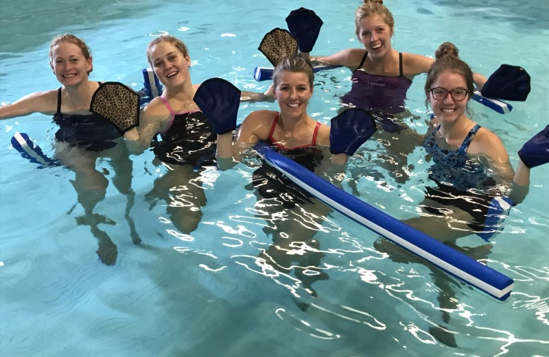 Aquatic Mitts – Why Use Them?